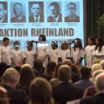 Schülerinnen und Schüler der Aloys Odenthal Grundschule informieren über ihren Namensgeber